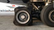 解密英国航空公司空客A380着陆时轮胎为何变成方形了?